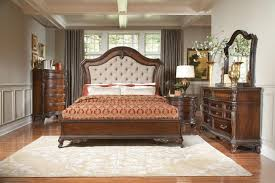 traditional bedroom furniture. Traditional Bedroom Furniture Ideas: Finding Your Style - Www.eFurnitureHouse.com