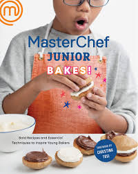 MasterChef Junior Bakes!: Bold Recipes and Essential Techniques to Inspire  Young Bakers: A Baking Book: MasterChef Junior, Tosi, Christina:  9781984822499: Amazon.com: Books