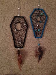 Making Dream Catchers With Pipe Cleaners Awesome Inspiration Only Take A Wire Coat Hanger And Bend It And Wrap In