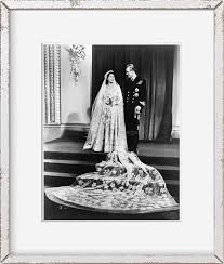 The practice of marrying within royal did you know? Amazon Com Infinite Photographs Photo 1947 Queen Elizabeth Ii Prince Philip Wedding Portrait Size 8x10 Approximately Photographs