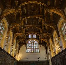 the ceiling of the great hall of hampton court palace