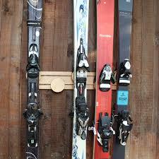 24 wall mounted on ski rack