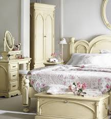 Shabby Chic Bedrooms Shabby Chic Bedrooms On Country Home Decorating Ideas Home And