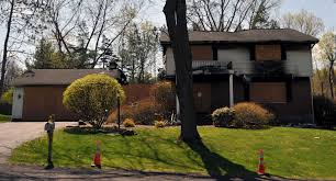 Colonie neighbors want burned murder-suicide house razed - Times Union