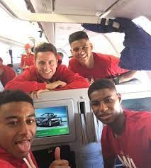 Photo: Herrera and Rashford all smiles as Man United jet off to China