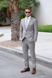 Mens Light Grey Wedding Suits Light Gray Wedding Mens Suits Slim Fit Bridegroom Tuxedos Men Two Pieces Groomsmen Suit Cheap Formal Business Jackets With Tie Tux Shirt Styles