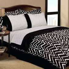black and white comforter sets queen twin black white retro zigzag dorm teen comforter sheets bedding black and white comforter sets queen large size