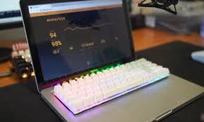 Một chiếc MacBook Pro được trang bị bàn phím cơ – chuyện thật như đùa! -  ThinkView