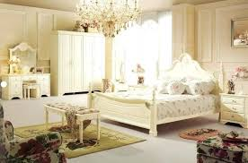 Modern Traditional Bedroom Furniture Modern Bedroom Furniture ...