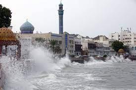 إعصار شاهين: 52 مصابًا في إيران وسط تأهب سلطنة عُمان.. وقرارات استباقية في  الإمارات - CNN Arabic