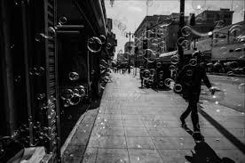 Resultat d'imatges de fotografia artistica blanci y negro ciudad