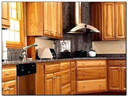 Best wood for kitchen cabinets Clean Best Wood For Kitchen Cabinets What Is The Poplar Good Poplar Wood Kitchen Cabinet