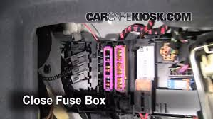replace a fuse 2005 2011 audi a6 quattro 2006 audi a6 quattro 2004 Audi A6 Fuse Box Diagram 6 replace cover secure the cover and test component 2004 audi a6 fuse box location