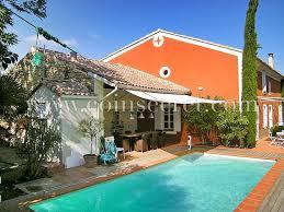 location d un mas de vacances avec piscine à uchaux vaucluse provence