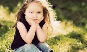 Beautiful Cute Little Girl Wallpaper Hd ...