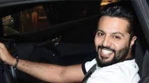 بعد تهديده لمنتقديه.. الناشط الكويتي يعقوب بوشهري يعتذر لجمهوره (فيديو)