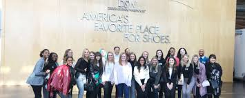 Dsw Designer Shoe Warehouse Home Office Columbus Oh Merchandising Students Travel To Dsw Headquarters The