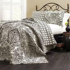 King size 3-Piece Cotton Quilt Set in Black White Damask ... & Alternate Views Adamdwight.com
