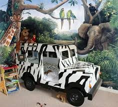 safari themed bedroom