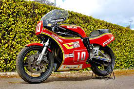 4 1982 suzuki xr69 racebike