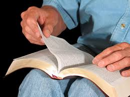 Bible Readings Daily Chapters With Comments