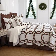 Brylanehome Holly Christmas Quilt Set (Ecru Red,Fl/Que) | Quilting ... & Brylanehome Holly Christmas Quilt Set (Ecru Red,Fl/Que) Adamdwight.com