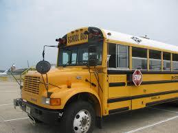 File:Carpenter Classic 2000 bus 2.jpg - Wikimedia Commons