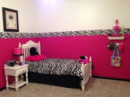 Pink Bedroom Decorating Bedroom Pink Design For Girl With Zebra Print Bed And Doff Color