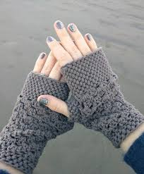 Free Fingerless Gloves Knitting Pattern Best Chunky Fingerless Gloves Free Crochet Pattern Db48