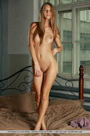 Holland Nude Teen Pic