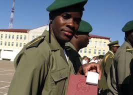 Сегодня курсантам военного училища вручили дипломы и ромбики  Сегодня курсантам военного училища вручили дипломы и ромбики