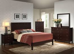 bedroom furniture decor. 5933K Traditional Bedroom Group, Five Piece Set Includes: 1- Queen Size Bed, Furniture Decor D