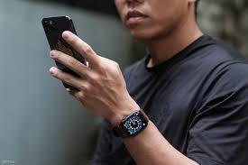 Review Apple Watch SE: Chiếc đồng hồ thông minh đáng đồng tiền nhất