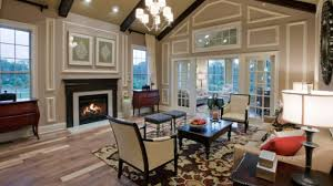living room designs with vaulted ceiling