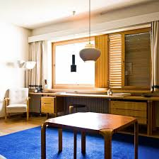 Share Design Alvar Aalto Maison Louis Carre 03