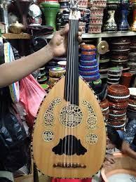 Alat musik tradisional ini adalah sebagai alat musik tradisional hiburan dan penghilang rasa jenuh bagi para wanita yang melakukan aktifitas menenun. Nama Nama Alat Musik Tradisional Indonesia Dan Asal Daerahnya