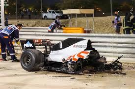 Trotzdem kehrte der italiener in den motorsport zurück, gewann zudem viermal. Presse Zum Feuerunfall In Der Formel 1 Der Tod Ist Nur Eine Sekunde Entfernt