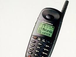 motorola old mobile phones. niche market old-school motorola phones are also proving popular. old mobile g