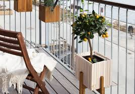 maximize your small balcony space