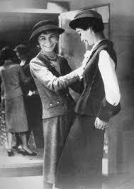 First Black Clothing Designer 1950s Fashion Designers Coco Chanel Dovima Coco Chanel