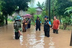 พะเยารับผลกระทบพายุฮีโกสชาวบ้านอพยพขนสิ่งของขึ้นที่สูง - โพสต์ทูเดย์  ข่าวภูมิภาค