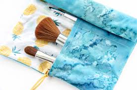 how to sew a fabric makeup brush holder