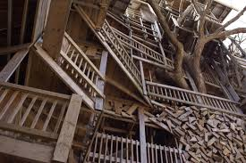 Biggest Treehouse In The World 2013  Interior DesignLargest Treehouse In America
