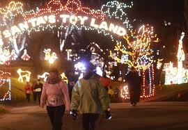 Washington Park Albany Ny Christmas Lights Runners Get In The Holiday Spirit At Last Run 5k Photos