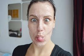 Afkomen van droge huid onder je neus - wikiHow