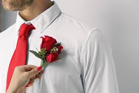 In The Shirt How To Put On A Boutonniere In 5 Easy Steps Ftd Com