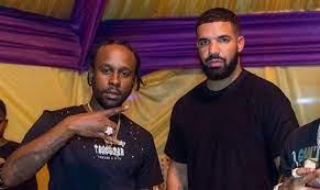 Drake Show Off His Popcaan Painting At ...