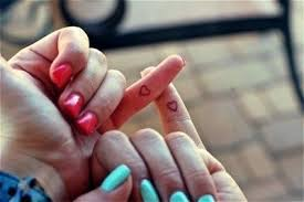 9 Nejlepší Přátelství Tetování Vzory A Obrázky Pro Bffs Styly V