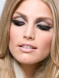 modern sixties makeup love this eye look always been in love with that sixties inspired bold femme eye look