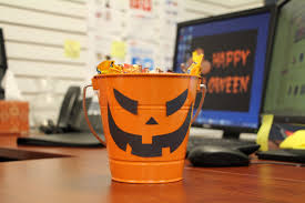 office halloween decoration. Office Desk Halloween Decoration Idea A